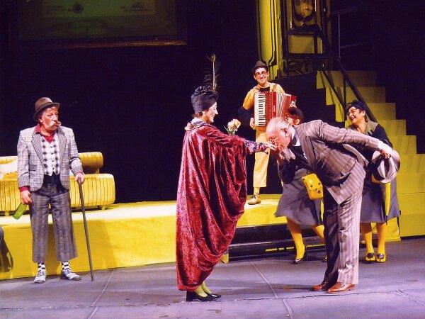 http://blagoevgradtheater.eu/images/_Snimki_ot_Teatyra/D-r_4.jpg